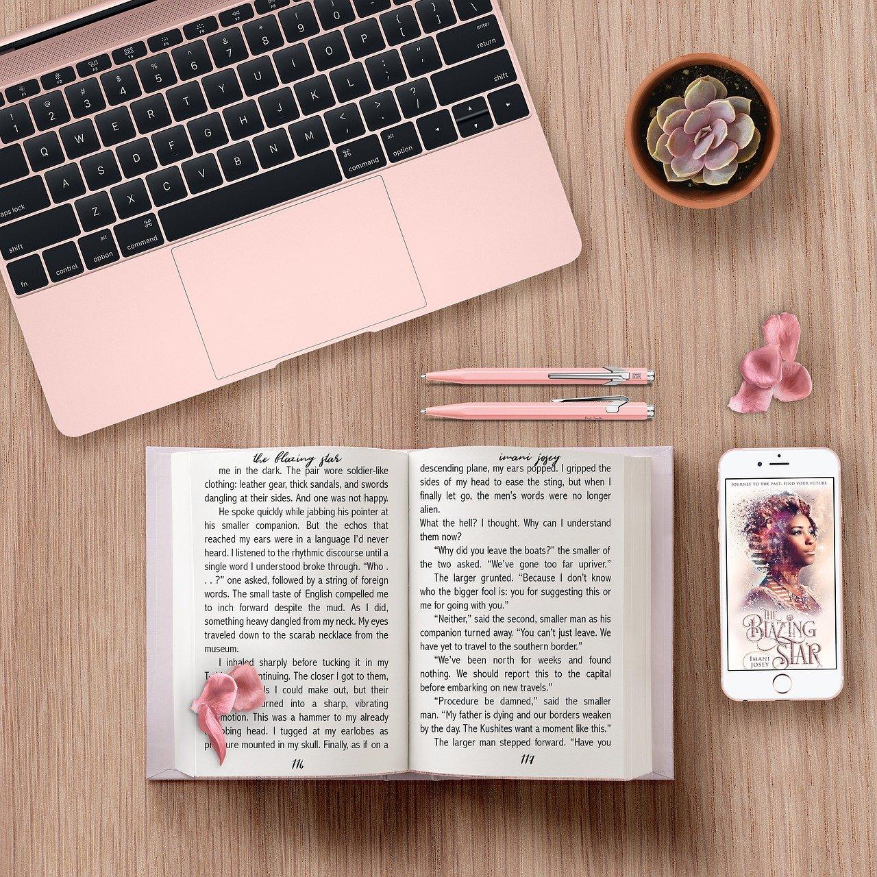 本とパソコン
