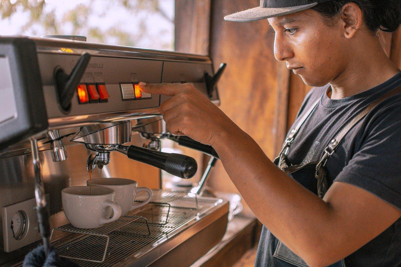 コーヒーマシン、コーヒー、ケトル