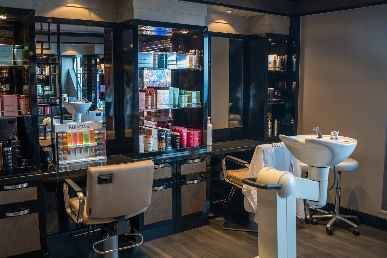 美容室、美容師