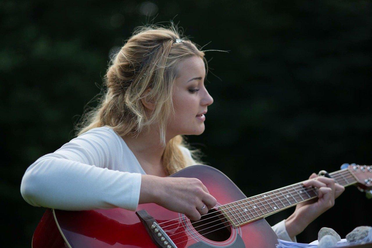 ギター,女性
