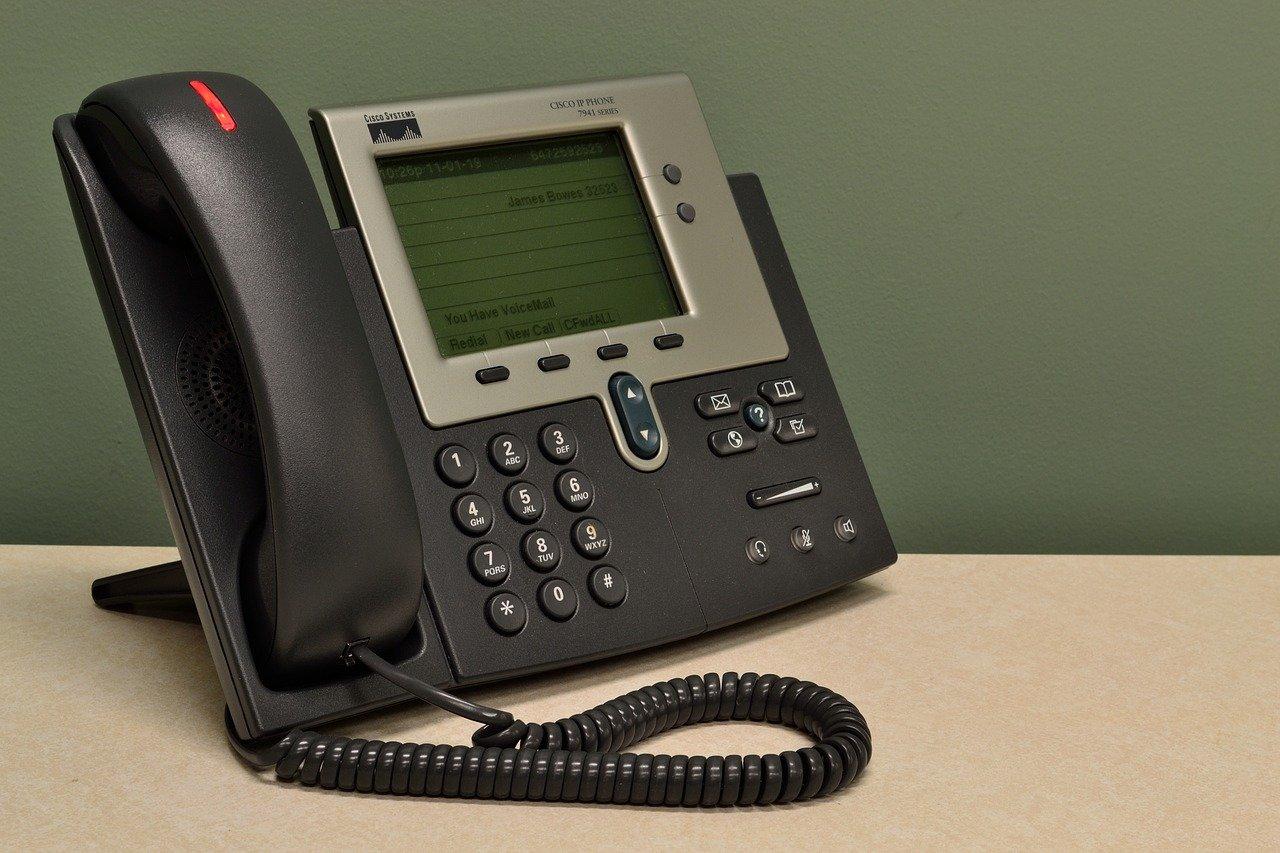 電話のテクニカルサポート