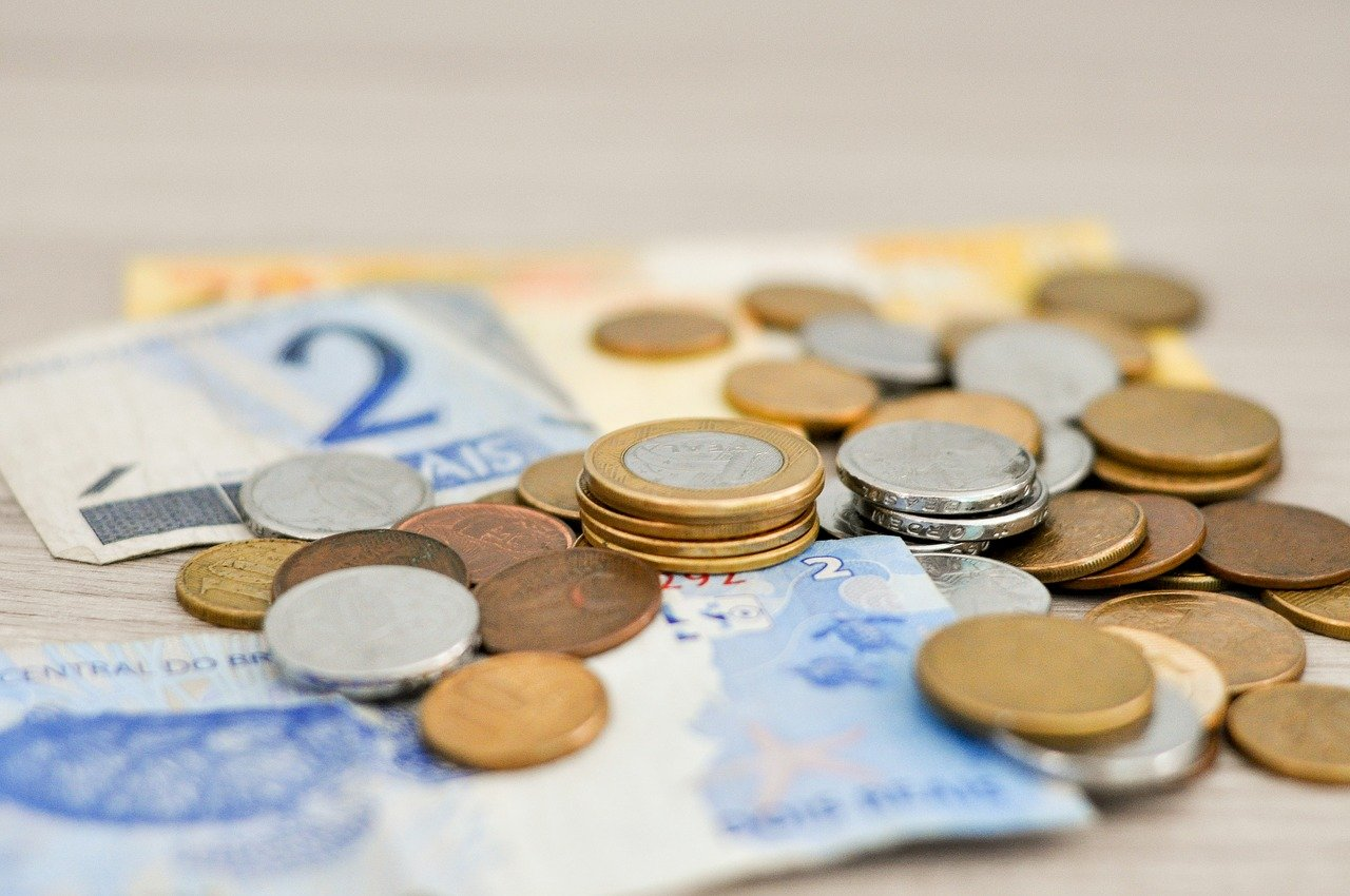 小銭と紙幣