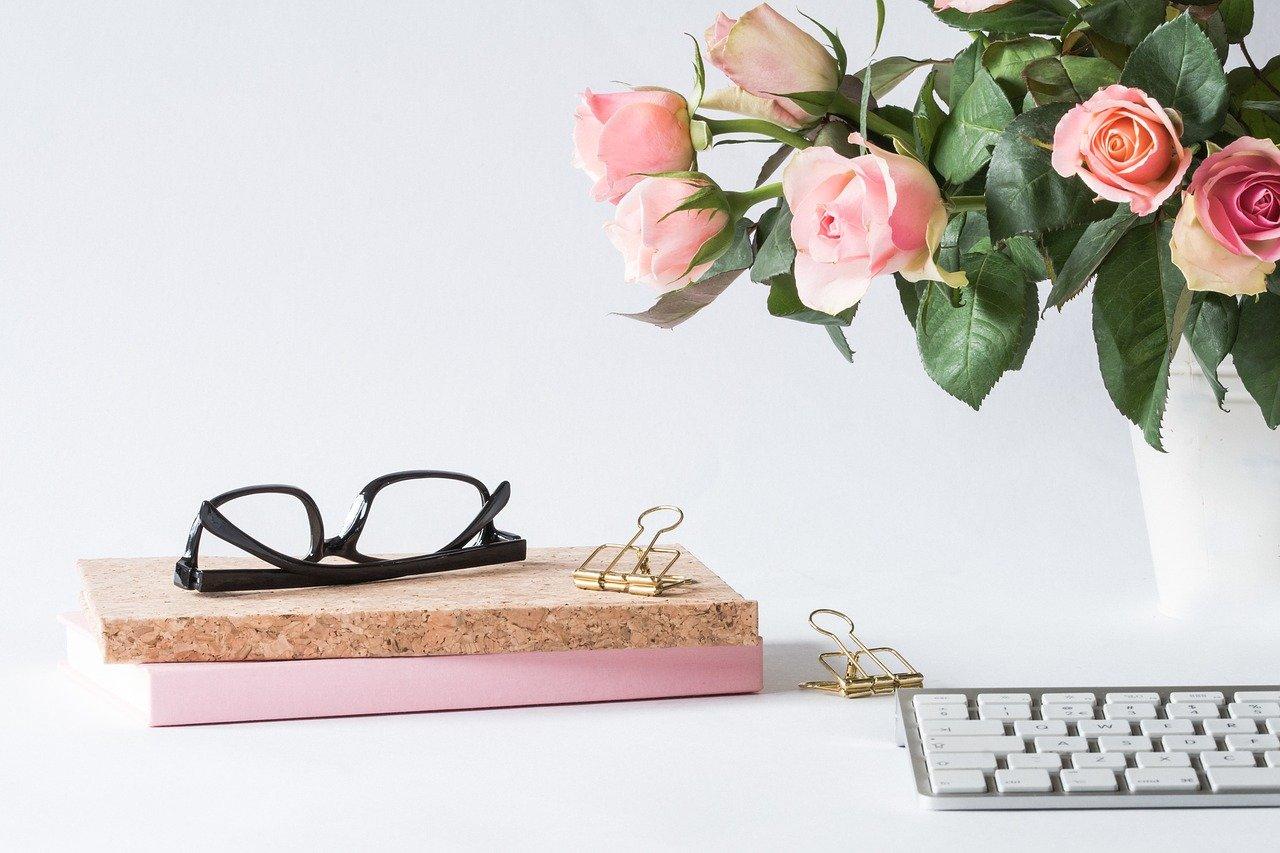 オフィス、メガネ、バラ