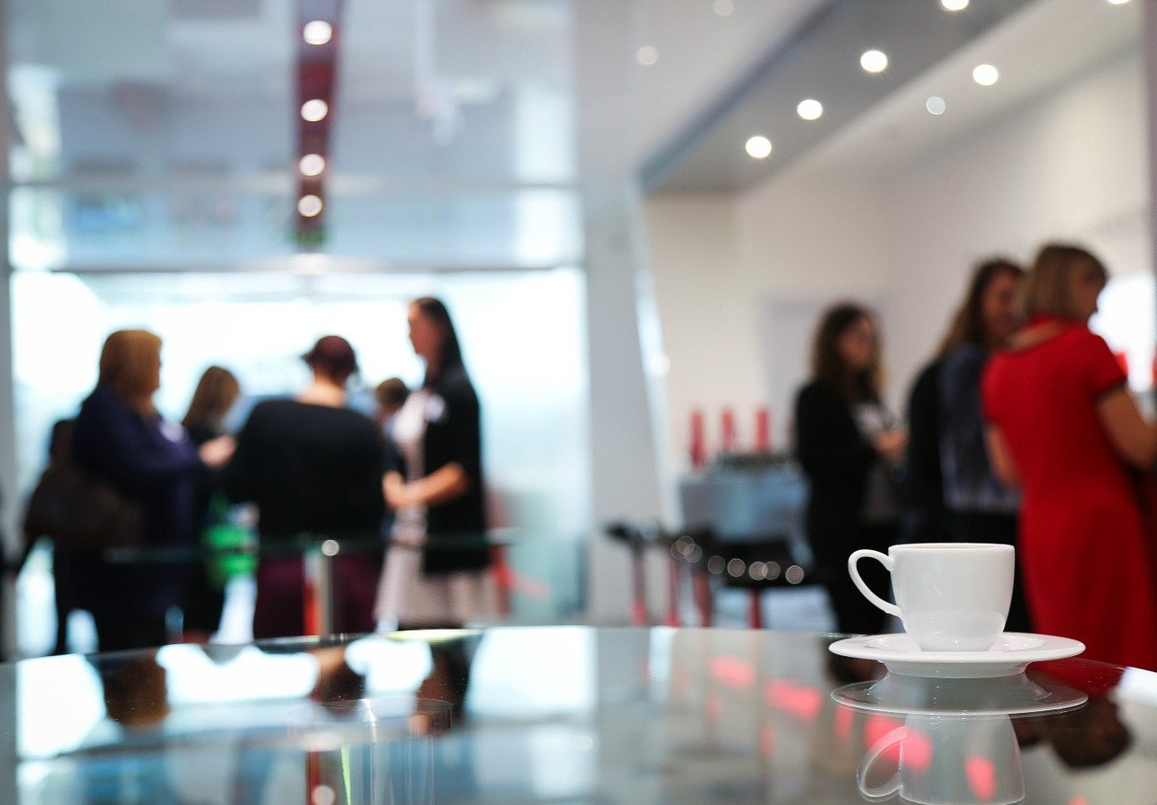 コーヒーブレイク、女性