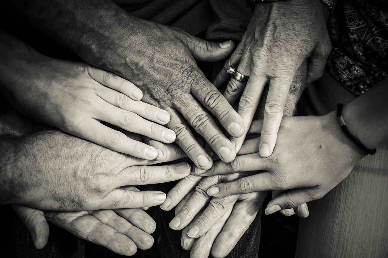 手、家族、古い