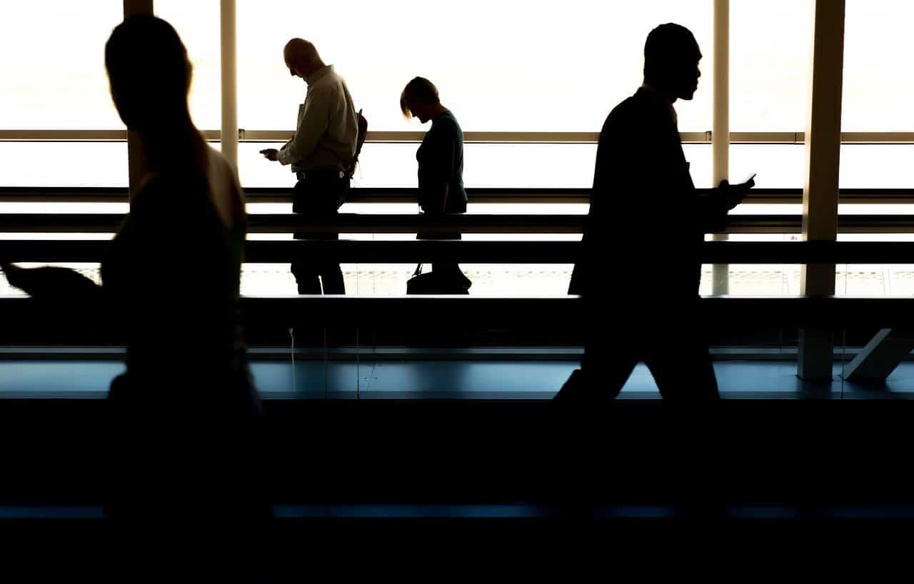 人々、ウォーキング、空港