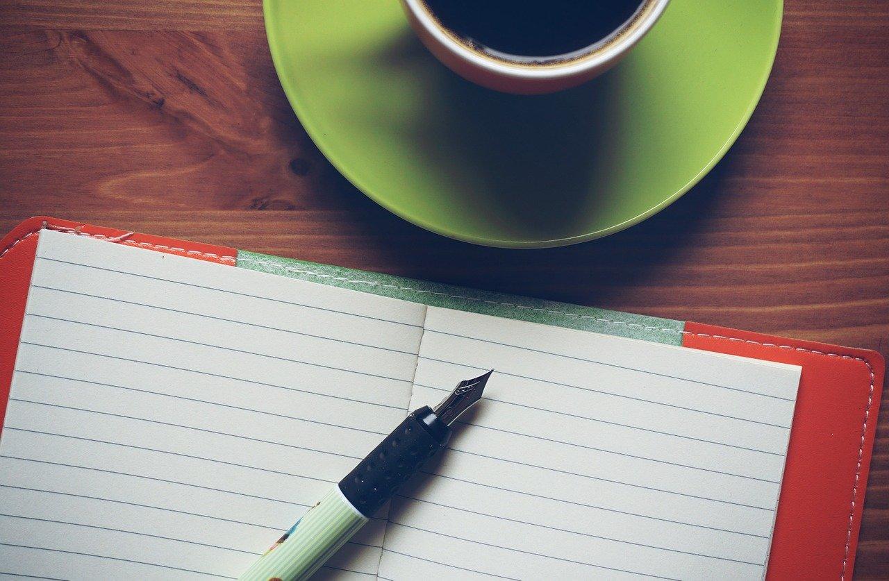ノート、コーヒー