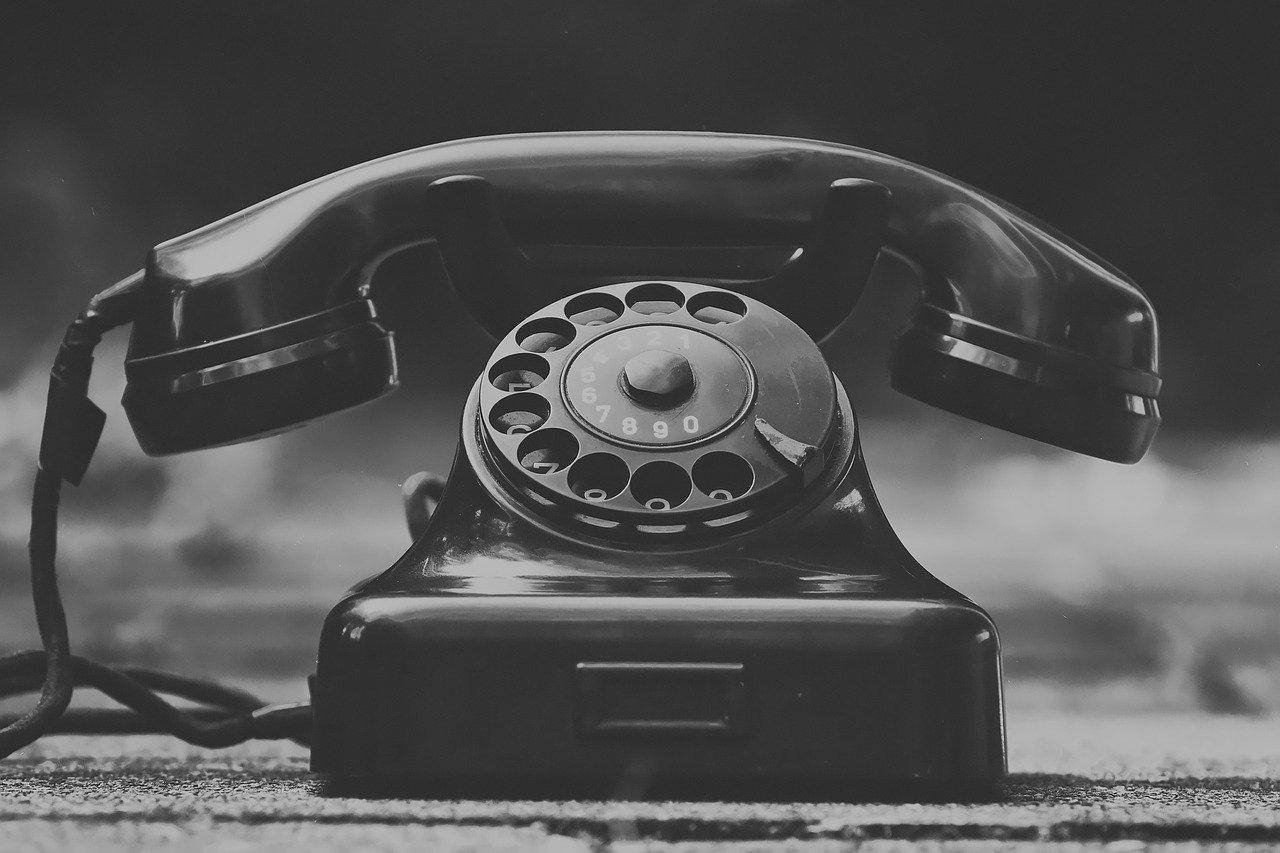 古い電話の画像