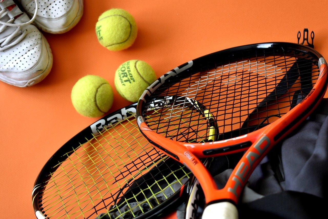 テニスグッズ