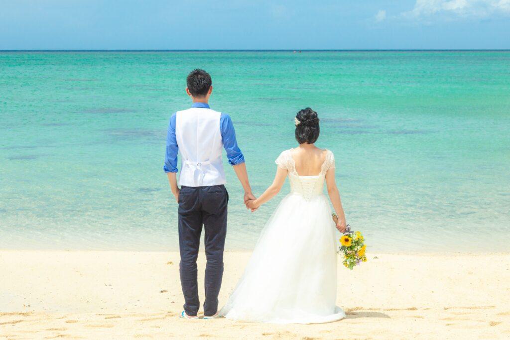 ビーチの新婚