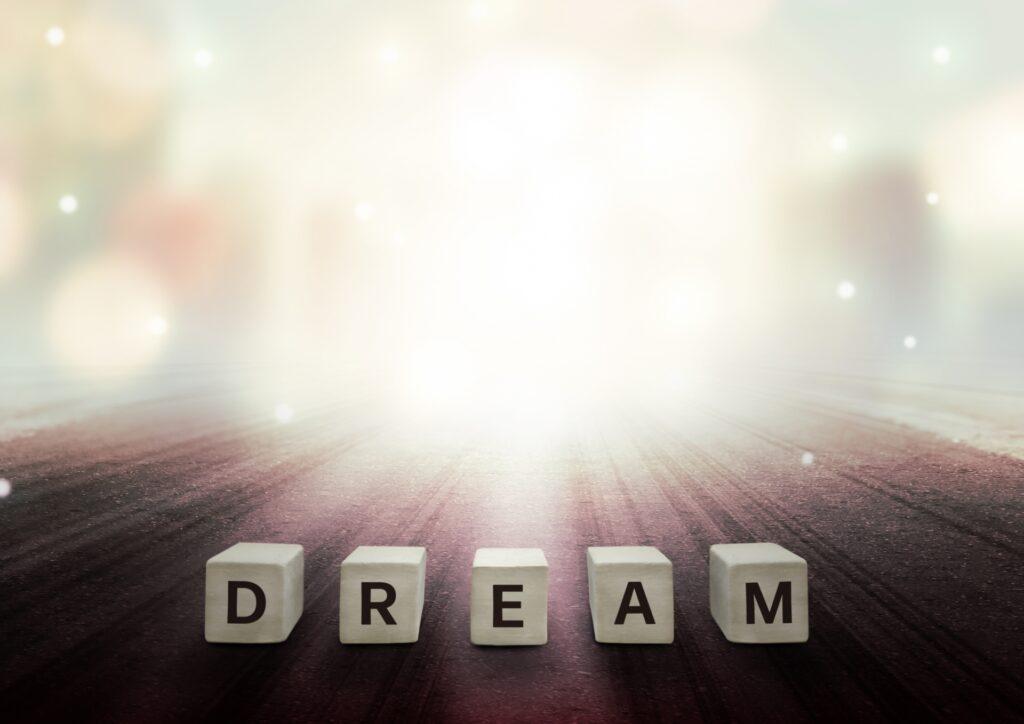 DREAMの文字、光