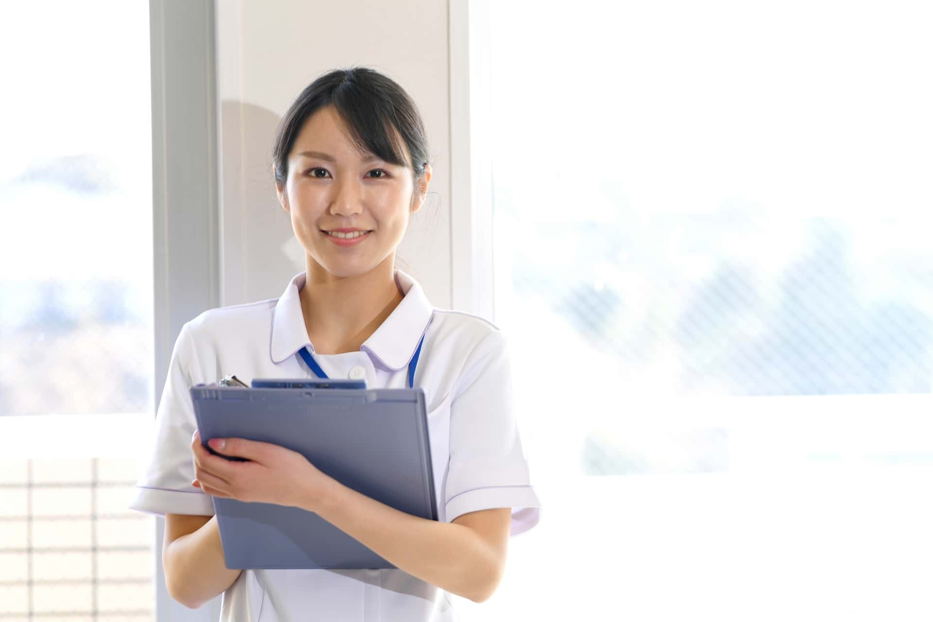 医療事務を担当する女性