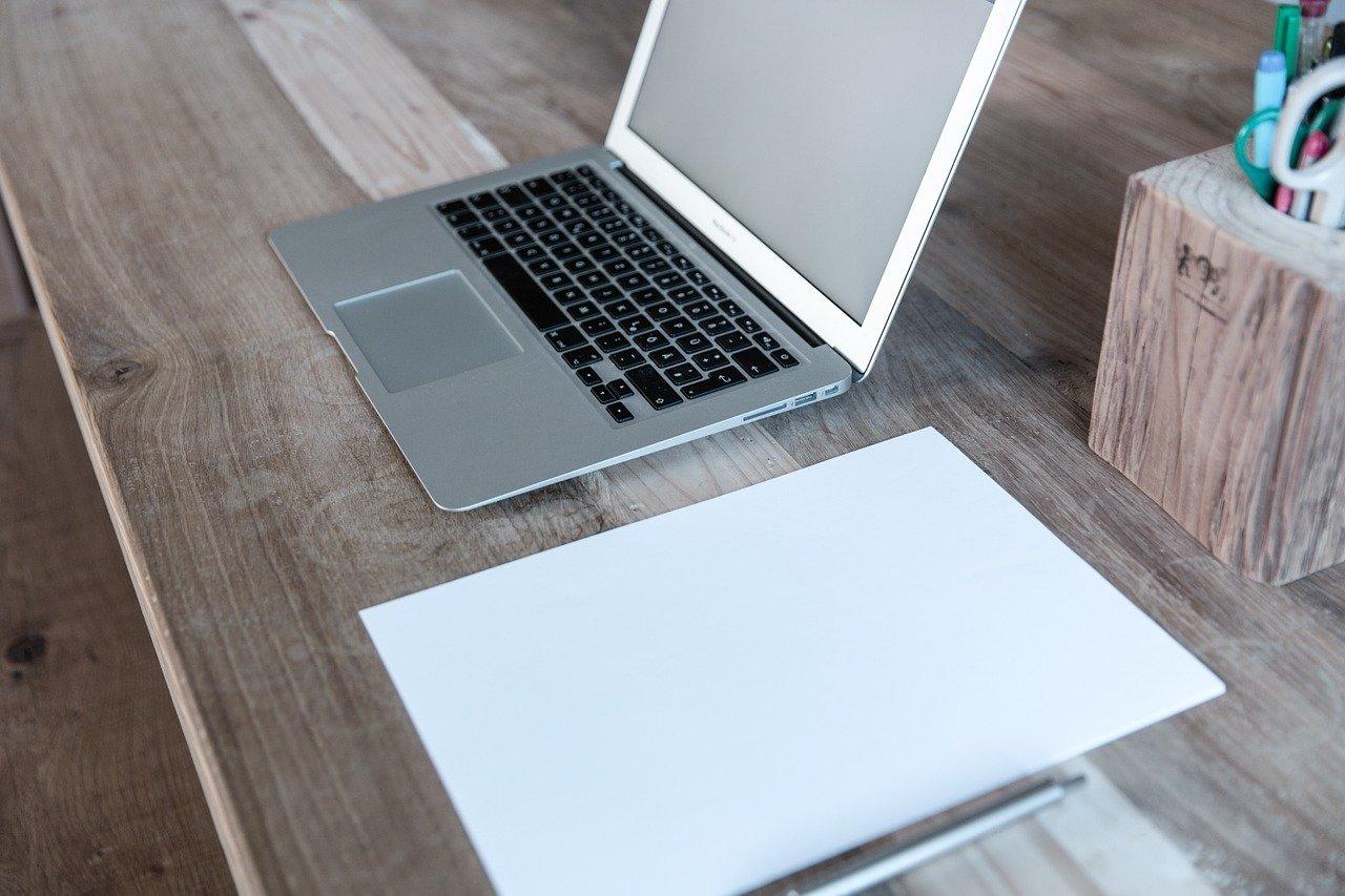 ノートパソコン、ノート