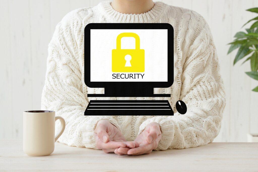 パソコン、鍵のマーク、女性