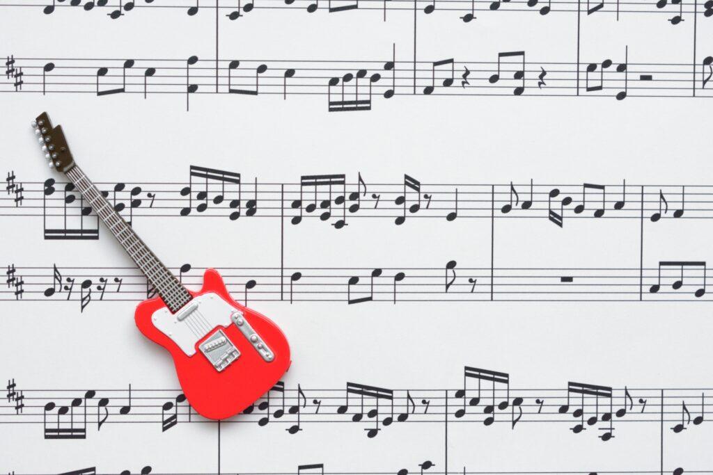 楽譜、ギター