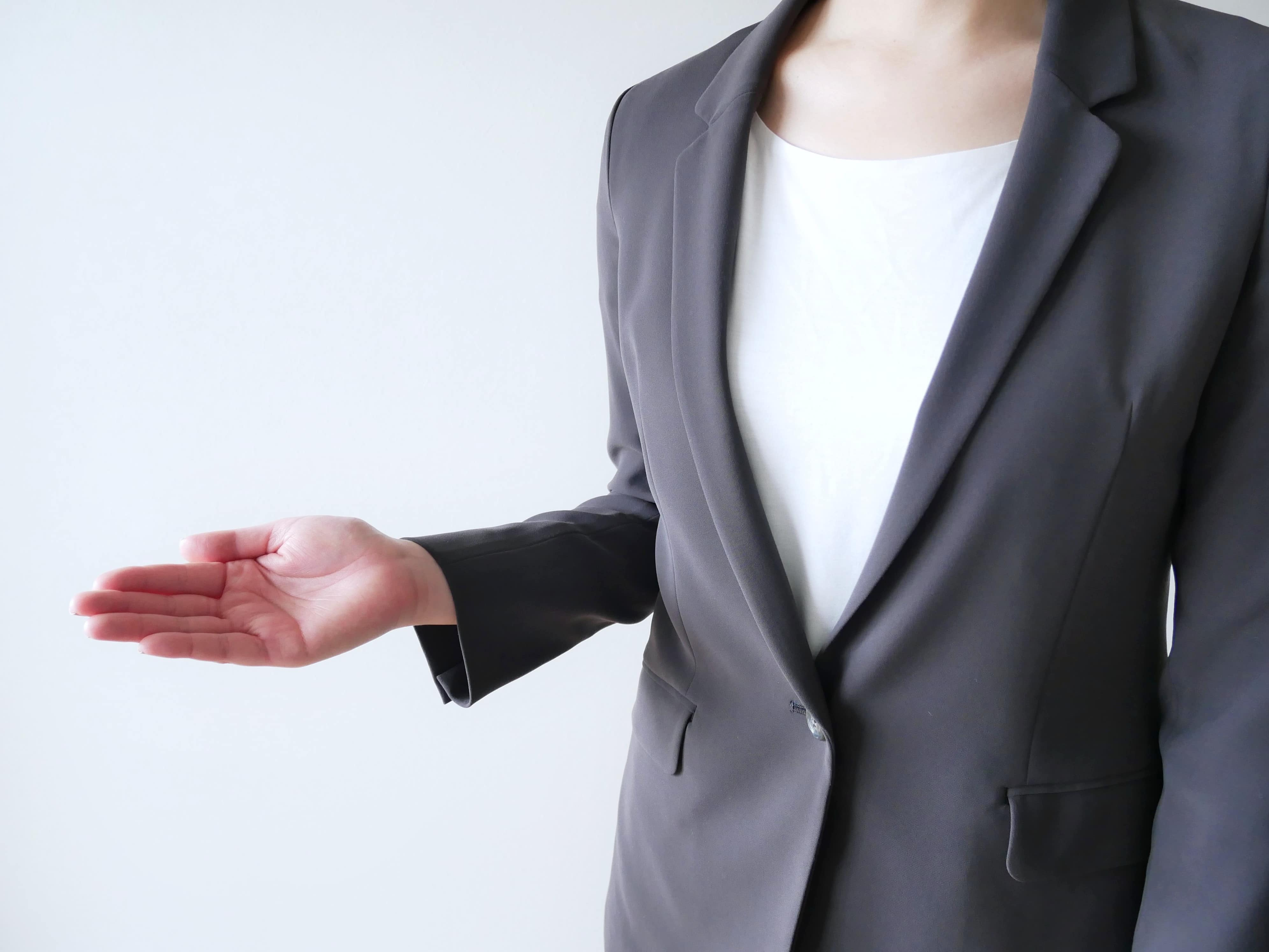 スーツ 女性