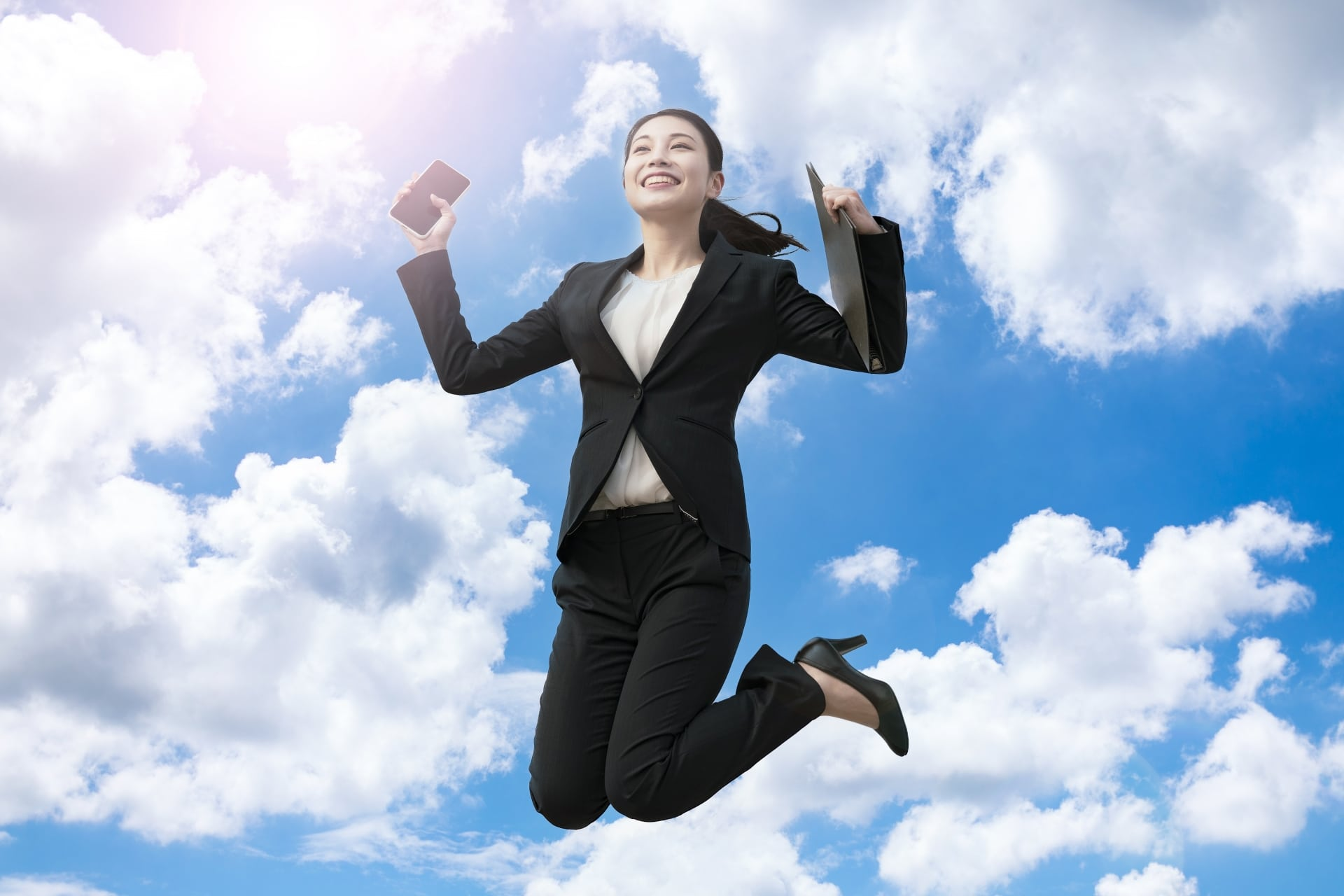 ジャンプ、女性
