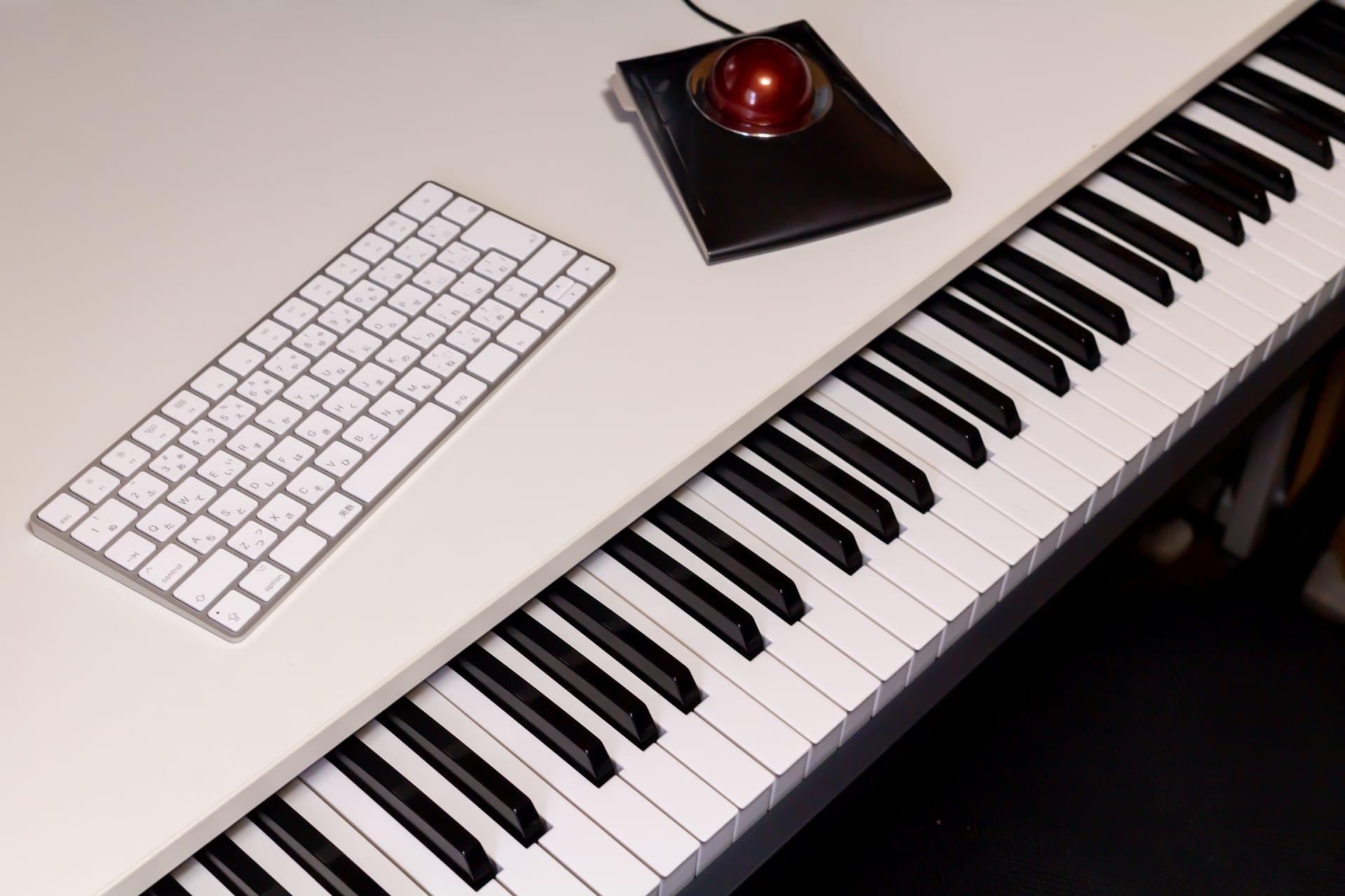 鍵盤とキーボード