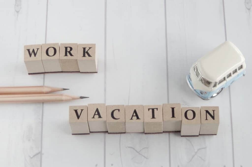WORKとVACATIONの文字