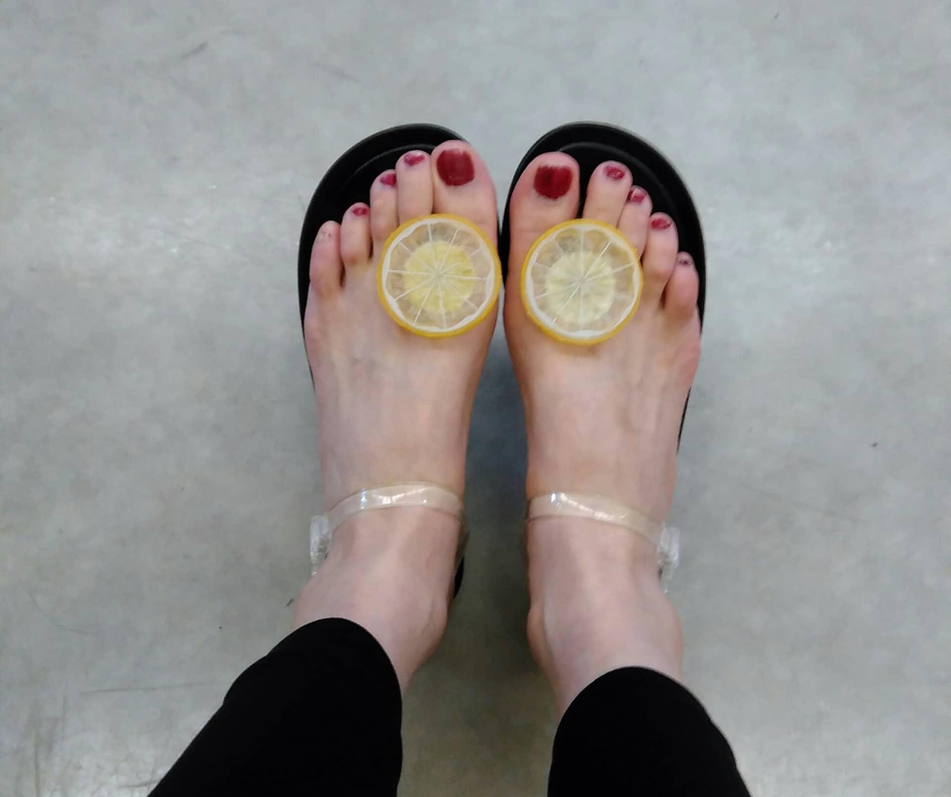 レモンのサンダル