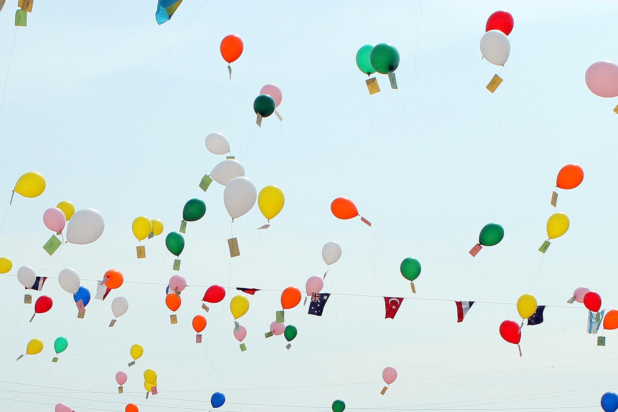 風船飛ばし