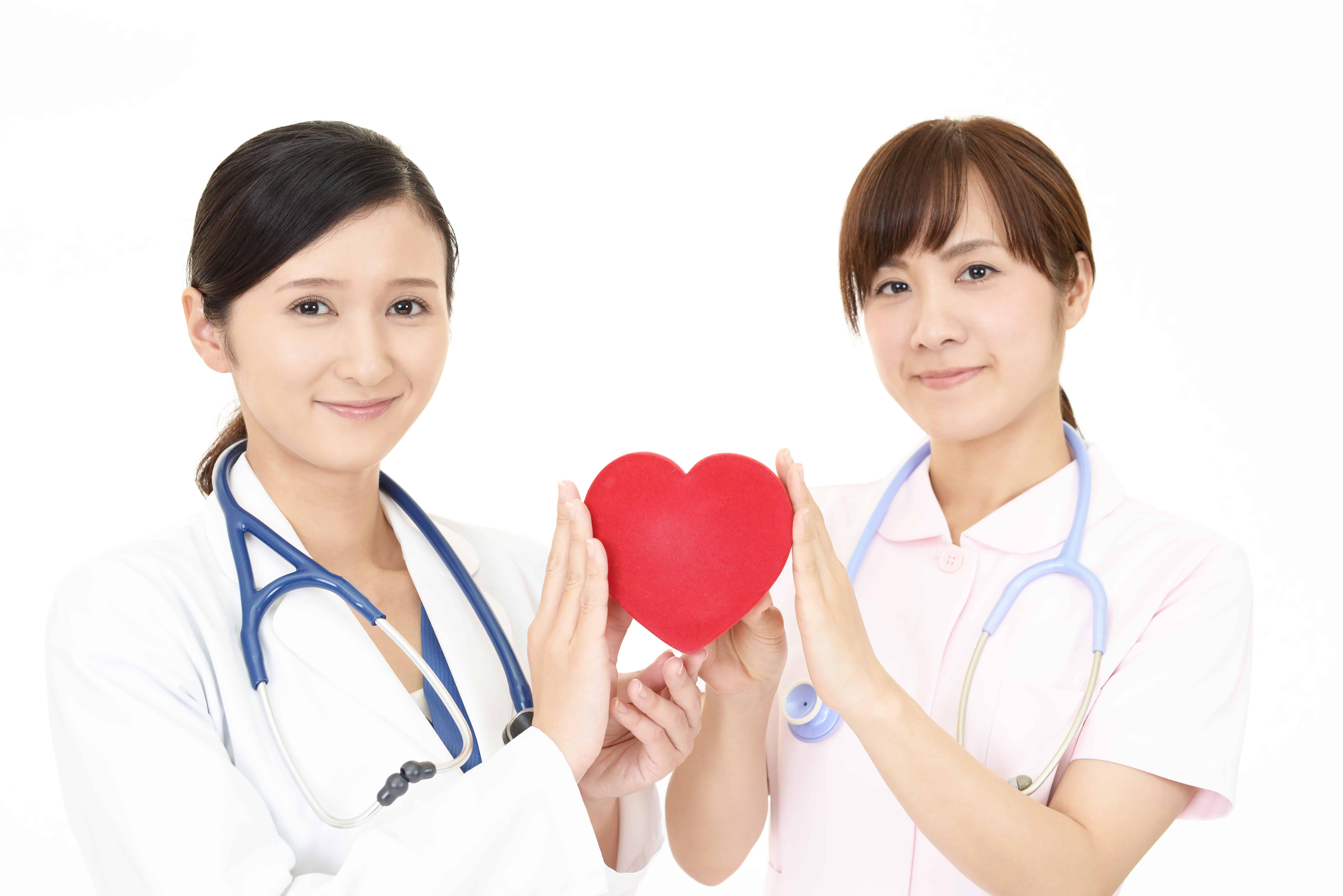 ハートを持つ二人の看護師