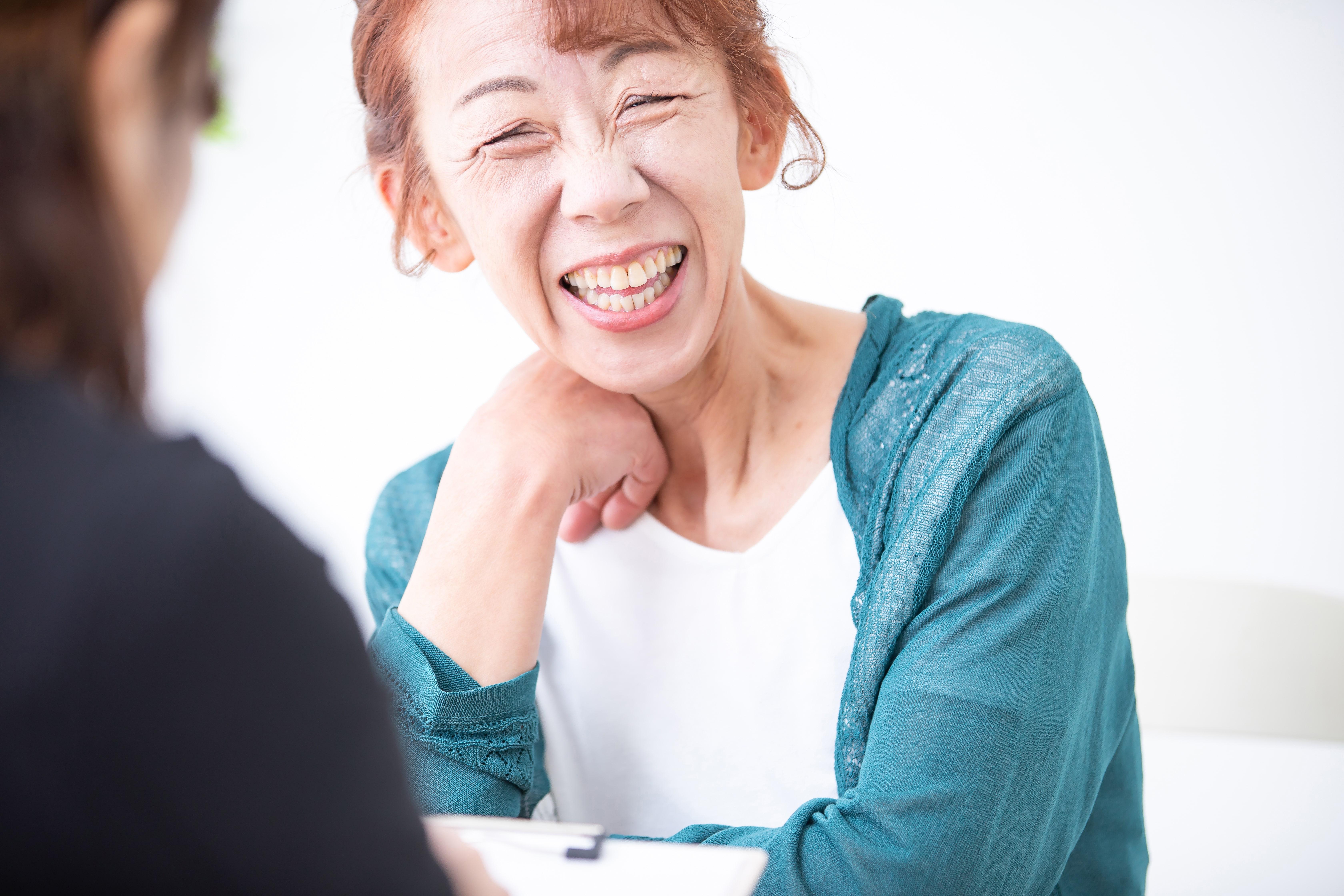 笑顔の顧客